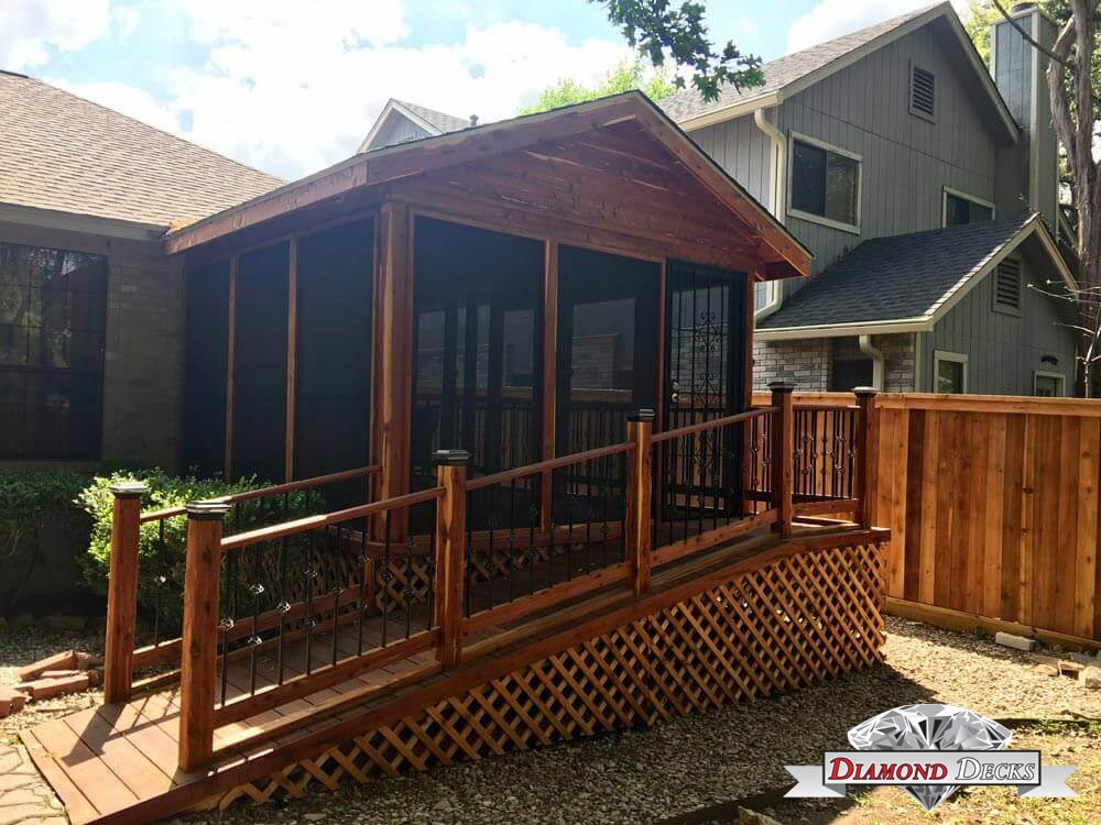 Outdoor Patio Enclosure with Ramp