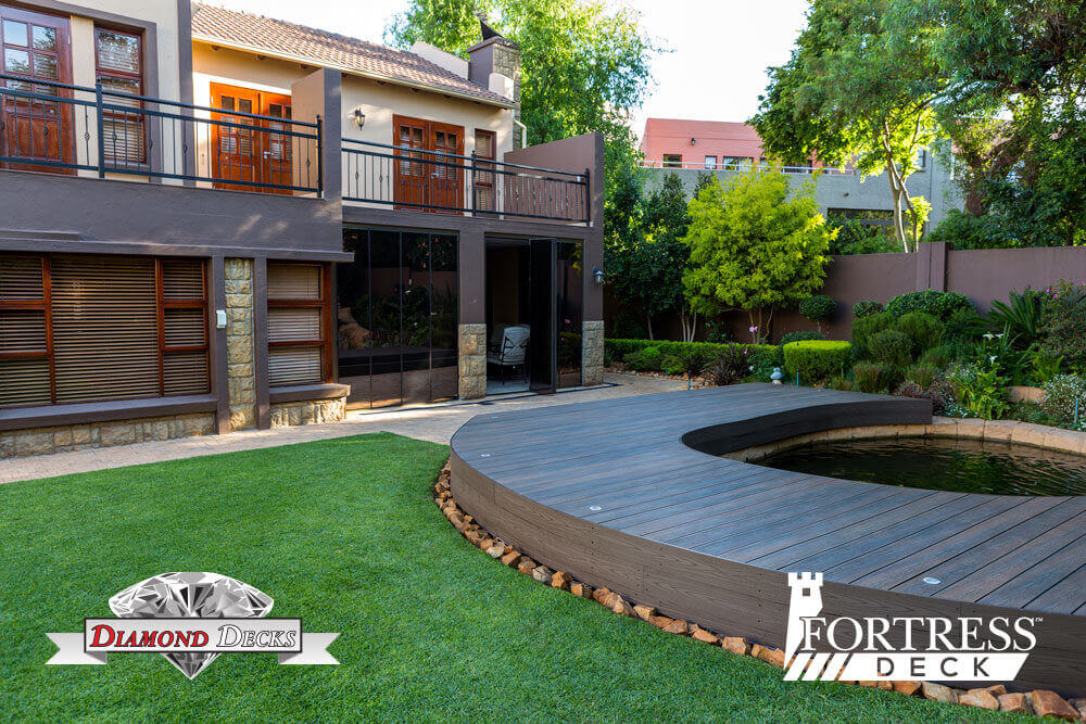 Fortress-Deck_Lifestyle_Midstream-estate_330